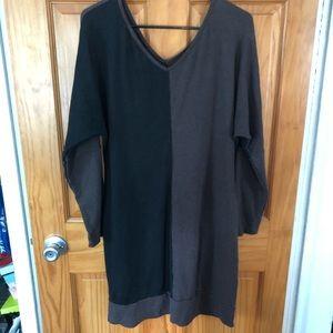 Chalet Long Sleeve Dress; Sz Medium